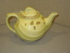 shopgoodwill.com: Vintage Hall Teapot