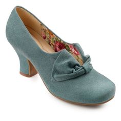 30's style blue shoes