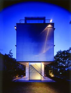 Wall-less House by Tezuka Architects