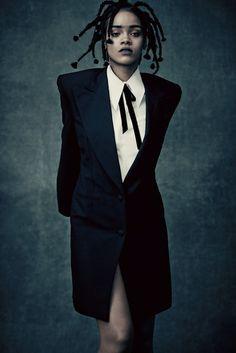 Magazine mode, beauté, joaillerie, défilés, culture, sorties, votre magazine mode Vogue.fr   Vogue