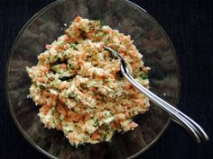 Farmersalat aus dem Thermomix White cabbage and carrot farmer's salad is another great recipe th Home Recipes, Great Recipes, A Food, Food And Drink, Food Inspiration, Salad Recipes, Macaroni And Cheese, Food Processor Recipes, Clean Eating