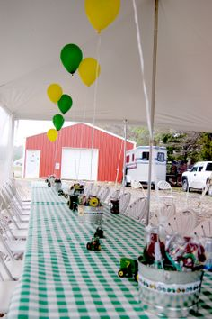 Wish I could find the original pin. This looks so cute, love the real tablecloths I'm going to switch to those. 1st Birthday Party For Girls, 90th Birthday Parties, Birthday Ideas, Tractor Birthday, Farm Birthday, Party On Garth, John Deere Party, Checkered Tablecloth, Girls Party Decorations