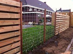 Trellis tuinscherm van gegalvaniseerd staal biedt beste van 3 werelden: ruimtelijk, betaalbaar en modern.