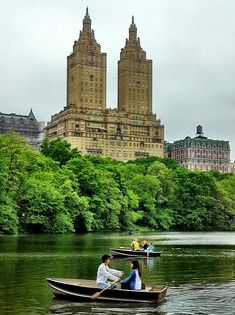 Central Park, NYC, with the San Remo Apartment Towers in the background. Wyoming, Oh The Places You'll Go, Places To Travel, Hampshire, A New York Minute, I Love Nyc, Concrete Jungle, Safari, Central Park