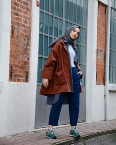 "❤️🍩 ""Fashions fade, style is eternal. Casual Hijab Outfit, Hijab Chic, Casual Outfits, Muslim Fashion, Modest Fashion, Fashion Outfits, Fasion, Modele Hijab, Hijab Fashionista"