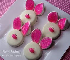 Easter Bunny Cookies > White Chocolate dipped Oreos ,with a large Marshmallow cut on the diagonal,then dipped in Pink Sparkles. Nose is a mini Jelly Bean. Join Ears and Nose with melted White Chocolate Chips. Holiday Treats, Holiday Recipes, White Chocolate Oreos, Chocolate Chips, Chocolate Covered, Chocolate Bunny, Hoppy Easter, Easter Bunny, Easter Treats