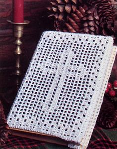 Crochet a Cover for a Bible  http://2good2lose.com/learntocrochet.shtml