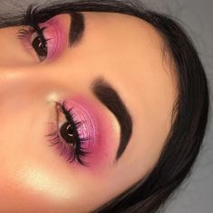 "Bright pink eye makeup History of eye makeup ""Eye care"", quite simply, ""eye make-up"" happens Bronze Eye Makeup, Dramatic Eye Makeup, Makeup Eye Looks, Eye Makeup Art, Smokey Eye Makeup, Makeup Inspo, Eyeshadow Makeup, Pink Eyeshadow, Makeup Ideas"