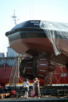 Tugboat azimuth stern drive
