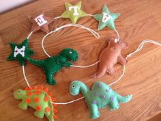 Dinosaur themed boys personalised garland wall hanger party banner bunting £20