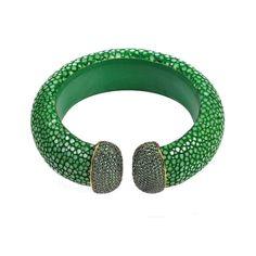 Stingray Cuff Gold - Jade (Green)