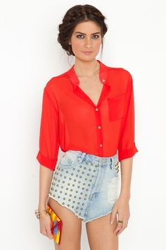 This blouse would wear wonderfully in the 34 C Sahel heat of northern Ghana. Want it!