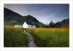 https://flic.kr/p/zXHJio | LAGANGARBH | Early morning sun on the hut and bothy just off the track into Coire na Tulaich. The long grasses were also lit with orange light which lasted only a few minutes before the sun got higher.    Website