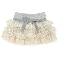 so cute! I this skirt!! :)