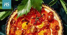 Piirakan ulkonäköön saat vaihtelua viipaloimalla täytteeksi monen eri lajikkeen tomaatteja. Pepperoni, Pizza, Food, Essen, Meals, Yemek, Eten