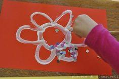 Guarda tutte le immagini dei lavoretti di carnevale per bambini www.bambinievacanze.com Crafts For Kids, Arts And Crafts, Holidays And Events, Diy, English, Education, Spring, Ideas, Craft