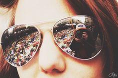 Bruxelles Ma Belle  #autoportrait #reflet #lunettes #moi #peaceandlove #me #hommage #labourse #bruxelles #belgium #22 #photopassion #photooftheday #picture #nikon3100 #bruxellesmabelle #peace #like4like #akapicturesart #photo #photographer
