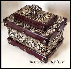 MIRIAN KELLER'S ARTS - Repujado (Latonagem) Artístico em Lâmina de Metal