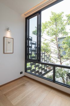 Image 19 of 29 from gallery of I-House / Gooseberry Design. Photograph by Nattapong Pianchalengek Sliding Window Design, House Window Design, Modern Exterior House Designs, Modern House Design, Interior And Exterior, Architect House, Architect Design, Scandinavia House, Narrow House Plans