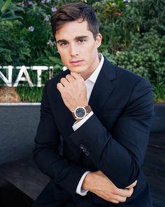 "Pietro Boselli: ""Elegance should be effortless ⭐️ New watch from - 15 July 2018 Italian Male Model, Italian Models, Beautiful Men Faces, Beautiful Boys, Pietro Boselli, Poses For Men, Attractive Men, Male Beauty, Man Crush"