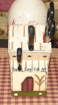 knife block hand painted wooden primitive by countrylanefolkart