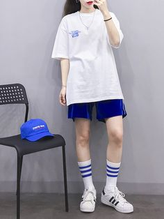 Boyish Outfits, Tomboy Outfits, Teen Fashion Outfits, Retro Outfits, Cute Casual Outfits, Hip Hop Outfits, Ulzzang Fashion, Tomboy Fashion, Fasion