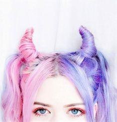 Check out these 30 Edgy Hair Color ideas & Their Makeup looks! Pastel Hair, Purple Hair, Unnatural Hair Color, Half And Half Hair, Split Dyed Hair, Crazy Hair Days, Edgy Hair, Foto Art, Aesthetic Hair