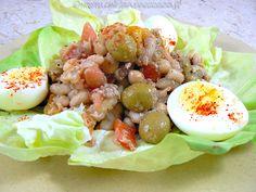 """L' empedrat, salade de legumineuses catalane de Nathalie du blog """"Une cuisine pour Voozenoo"""" inspirée du blog """"La cuisine de Rosa"""" Cobb Salad, Potato Salad, Potatoes, Ethnic Recipes, Blog, Recipe, Kitchens, Salads, Greedy People"""