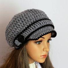 Crochet Womens Hat  Very Soft Chunky Buttons Newsboy