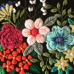 Hand Embroidery Videos, Embroidery On Clothes, Embroidery Fashion, Crewel Embroidery, Floral Embroidery, Cross Stitch Embroidery, Embroidery Patterns, Machine Embroidery, Palestinian Embroidery