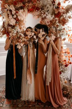 How to design a lush fall wedding at an indoor venue - 100 Layer Cake Wedding Goals, Dream Wedding, Wedding Day, Party Wedding, Table Wedding, Wedding Party Dresses, Fall Wedding Bridesmaids, Wedding Bouquets, Fall Bridesmaid Dresses