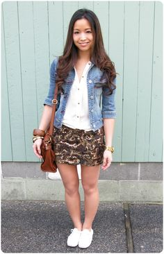 how to style a sequin skirt casual.