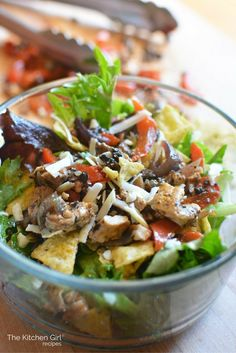 Chicken Fajita Tex Mex Salad Bowl - low carb, gluten free, fajitas in a bowl with lettuce, mushrooms, onions, and bell peppers. This healthy, school night meal is a snap! thekitchengirl.com