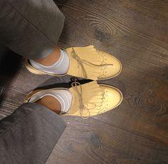 Street Style | Bullboxer shoes from instagram @ kjarah #shiny #leathershoes #leather #fringes #creme #showyoursocks #outfitoftheday #styleadvice #oxfordsv#blogger #style