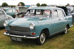 1959 - 1961 Morris Oxford Series V. Classic Morris cars & Hard to find parts for sale in USA, Europe, Canada & Australia. Also tech specs & photos of Morris cars manufactured from 1924 to 1984 Vintage Cars, Antique Cars, Morris Oxford, Morris Minor, Car Wheels, Hard To Find, Old Cars, Motor Car, Classic Cars