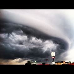 Image of a shelf cloud in Alabama on June 11, 2012. This is the leading edge of the derecho as it pushes into this area. Image Credit: Mike Wilhelm