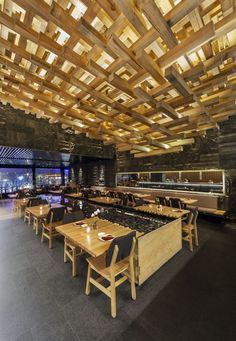 Floating ceiling/texture/warm wood/soft lighting Restaurant and Bar Design Awards. Kiga, Mexico by CheremSerrano and Braverman Arquitectos Mexican Interior Design, Bar Interior, Commercial Interior Design, Best Interior Design, Commercial Interiors, Restaurant Concept, Cafe Restaurant, Restaurant Design, Cafe Bar