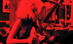 Annie Clark / St. Vincent – Guitar Moves – Pedal Board Breakdown