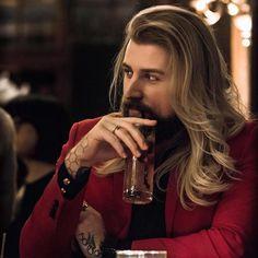 Hair Men Style, Hair And Beard Styles, Long Hair Styles, Cool Hairstyles For Men, Haircuts For Men, Pretty Men, Gorgeous Men, Long Hair Beard, Long Hair Guys