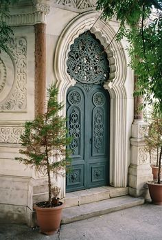 Door in Kapi, Istanbul Cool Doors, Unique Doors, Islamic Architecture, Beautiful Architecture, Beautiful Buildings, Architecture Design, Entrance Doors, Doorway, House Entrance