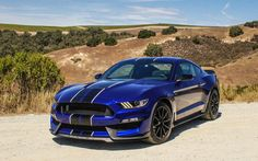 The new generation of Mustang muscle Shelby GT350 (2016).