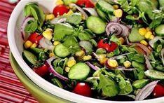 Semizotu Salatası Tarifi (4 kişilik) 1 demet semizotu1 çay bardağı konserve mısır1 adet salatalık1 adet küçük boy kırmızı soğan10 adet kiraz domatesSos... Kung Pao Chicken, Sprouts, Potato Salad, Potatoes, Vegetables, Ethnic Recipes, Food, Canning, Essen