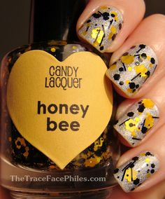 The TraceFace Philes: Candy Lacquer Honey Bee. #nails #nailart