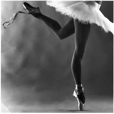 Love the discipline of the pointe leg and the free-flying ribbons on the rebellious foot.  ;)