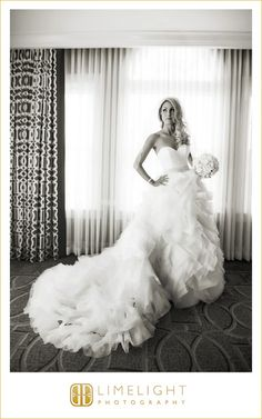 wedding, weddinginspo, shoes, bride, groom, St. Pete, Florida, Don Cesar, wedding photography, beautiful, love, couple  www.stepintothelimelight.com