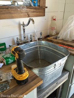 Galvanized washtub with stand wash tub sink for laundry room Diy Wash Basins, Wash Tub Sink, Wash Tubs, Kitchen Sink Diy, Rustic Kitchen, Country Sink, Galvanized Wash Tub, Bucket Sink, Metal Building House Plans