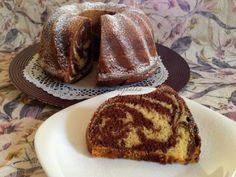 Kevert kuglóf | mókuslekvár.hu Ring Cake, Savarin, Hungarian Recipes, Pound Cake, Cake Cookies, Sweet Tooth, Deserts, Muffin, Food And Drink