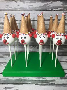 Items similar to 12 Clown Cake Pops Circus Birthday Party Favors Sweets Table Candy Buffet on Etsy 12 Clown Cake Pops Circus Birthday Party by SparklingSweetsShop Carnival Cakes, Circus Carnival Party, Circus Theme Party, Carnival Food, Carnival Birthday Parties, Circus Birthday, Birthday Party Favors, Circus Clown, Circus Cakes