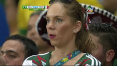 Funny Football Moments ● Soccer Crazy Fans Invade The Pitch Mexico Vs Brasil, Brazil, Football Troll, Football Soccer, Funny Football, World Cup 2014, Fifa World Cup, Memes, Crazy Fans