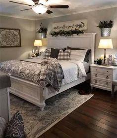 Farmhouse Master Bedroom, Master Bedroom Makeover, Master Bedroom Design, Home Decor Bedroom, Bedroom Furniture, Bedroom Ideas, Master Bedroom Decorating Ideas, Quirky Bedroom, Earthy Bedroom